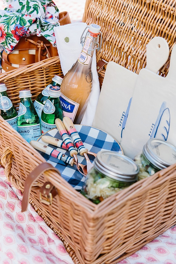 How to pack for a picnic, waitingonmartha.com