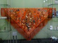 Spanish shawl | Wai-Yuk Kennedy Textile Art