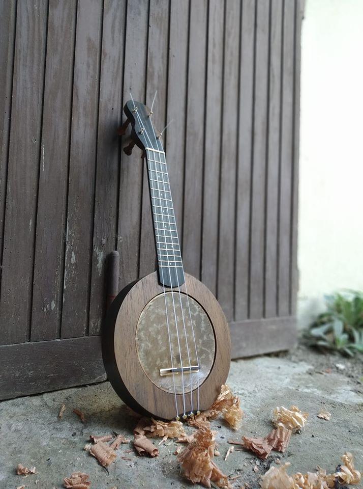 prestigious-soprano-banjo-ukulele