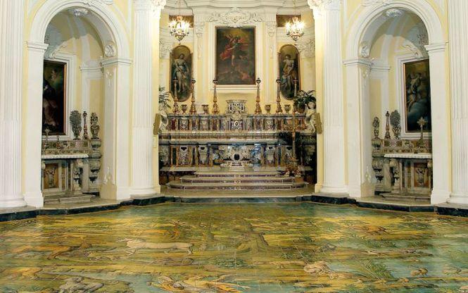 Capri- church