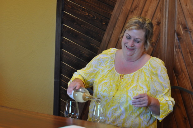 Tasting Acquiesce Vineyards with Sue Tipton