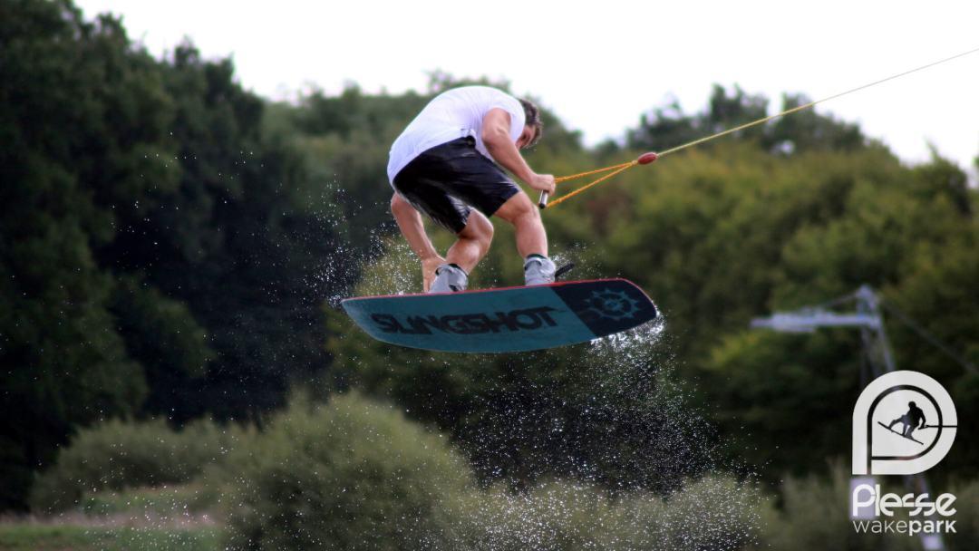 Wakeboard Nozay : apprendre et pratiquer le wakeboard près de Wakeboard Nozay