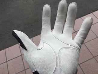 バッティング手袋のサイズの選び方
