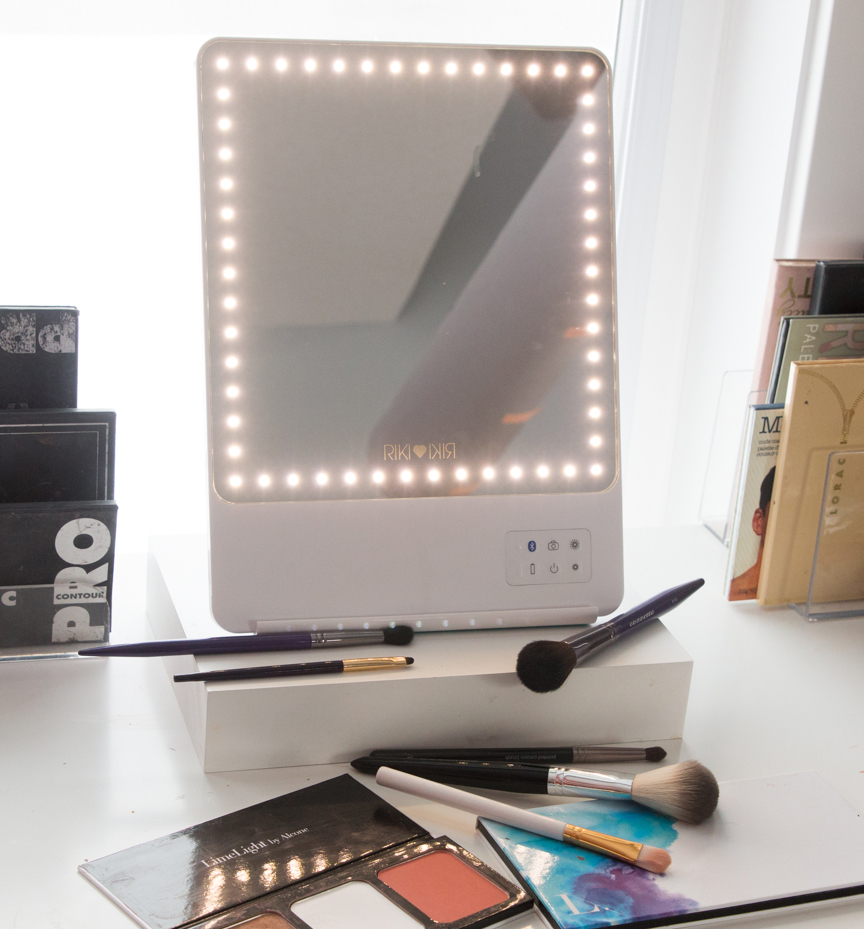 Glamcor Riki Mirror Review Wake Up For Makeup