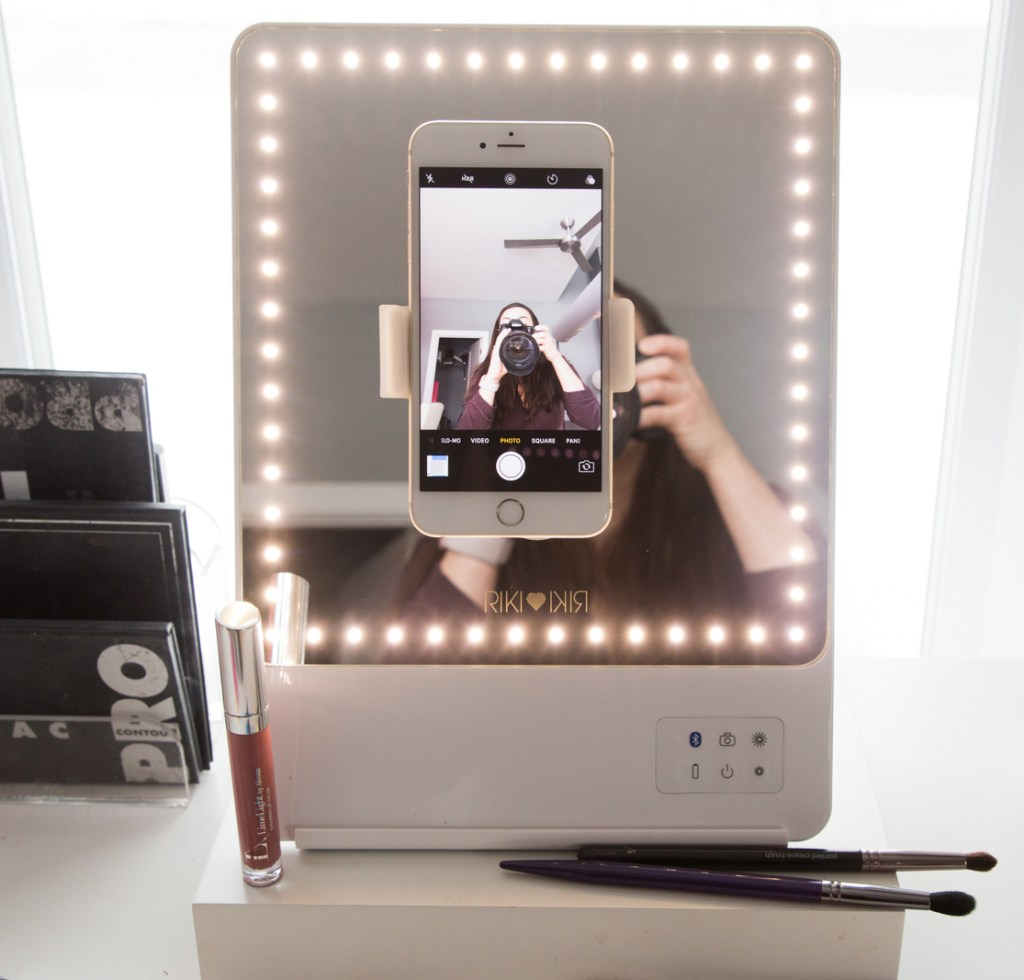 Glamcor riki mirror review wake up for makeup for Mirror video