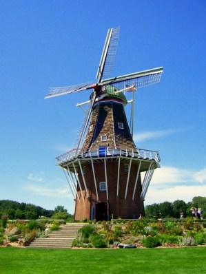 de_zwaan_windmill_in_holland_michigan