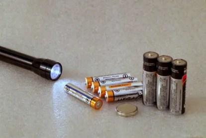 batteries-2049623