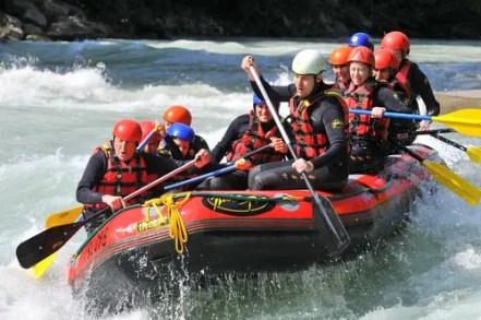 rafting-293542_1920
