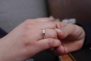engagement-ring-5165498_640