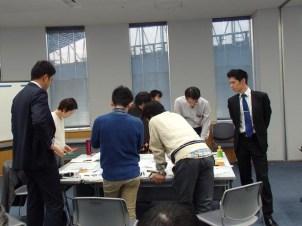 Bチームは倉斗先生がファシリテーター