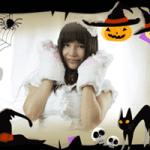 ハロウィンで猫の衣装を着ている女の子の画像