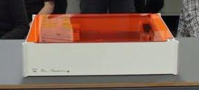 スマホ内画像をプリントできるレーザー加工機「Mr Beam II」