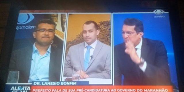 Lahésio e Tony Trindade choram ao vivo em entrevista emocionante