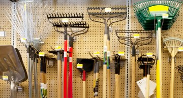 Three Kinds of Tools You Need For Successful Gardening