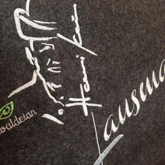 Lausmadl_Filzlasche