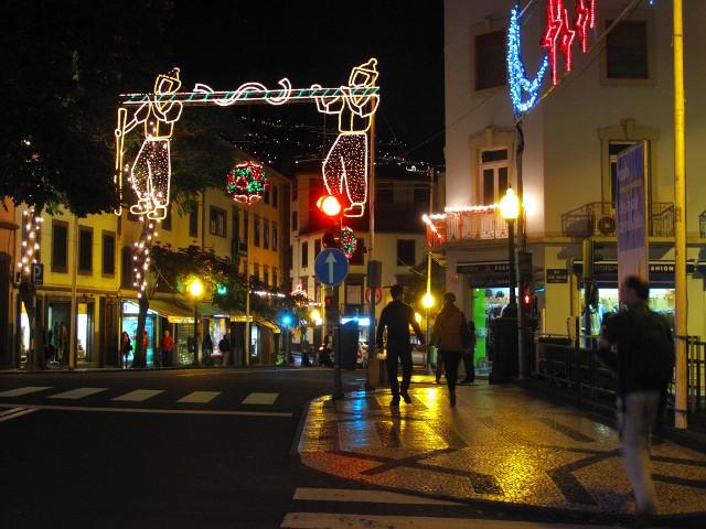 Weihnachtsbeleuchtung Funchal | Waldspaziergang.org