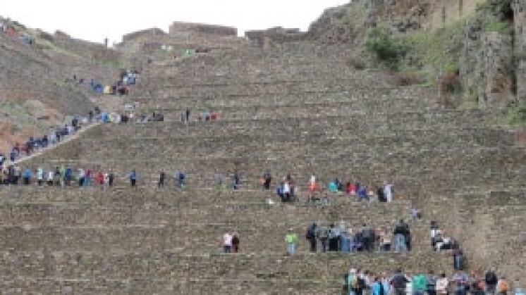 the ruins in Ollantaytambo