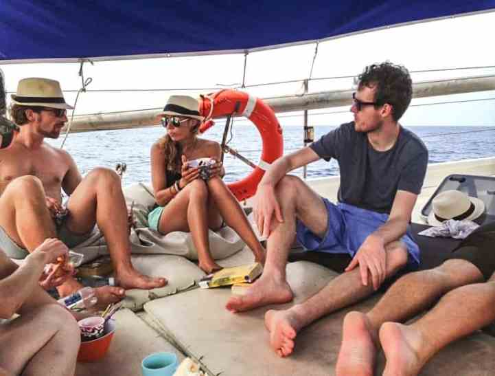 breakfast on the boat to the san blas
