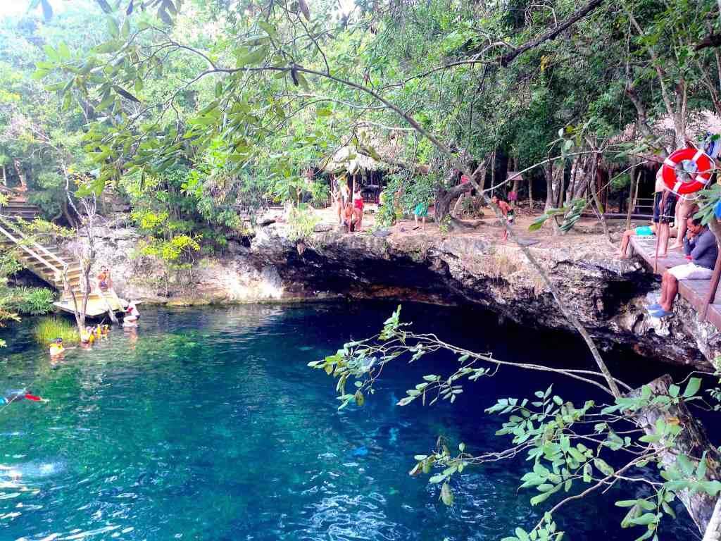 cenote jardin del eden cliff