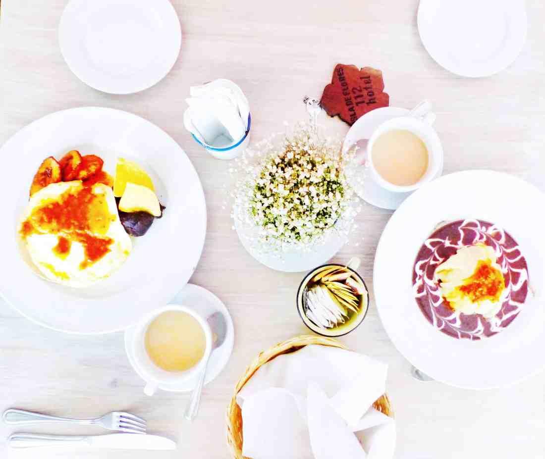 food at hotel isla de flores