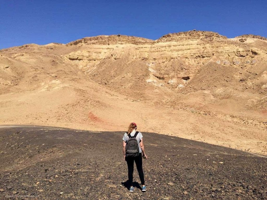 hiking in the negev desert in isreal