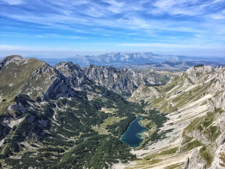 hiking in durmitor park montenegro