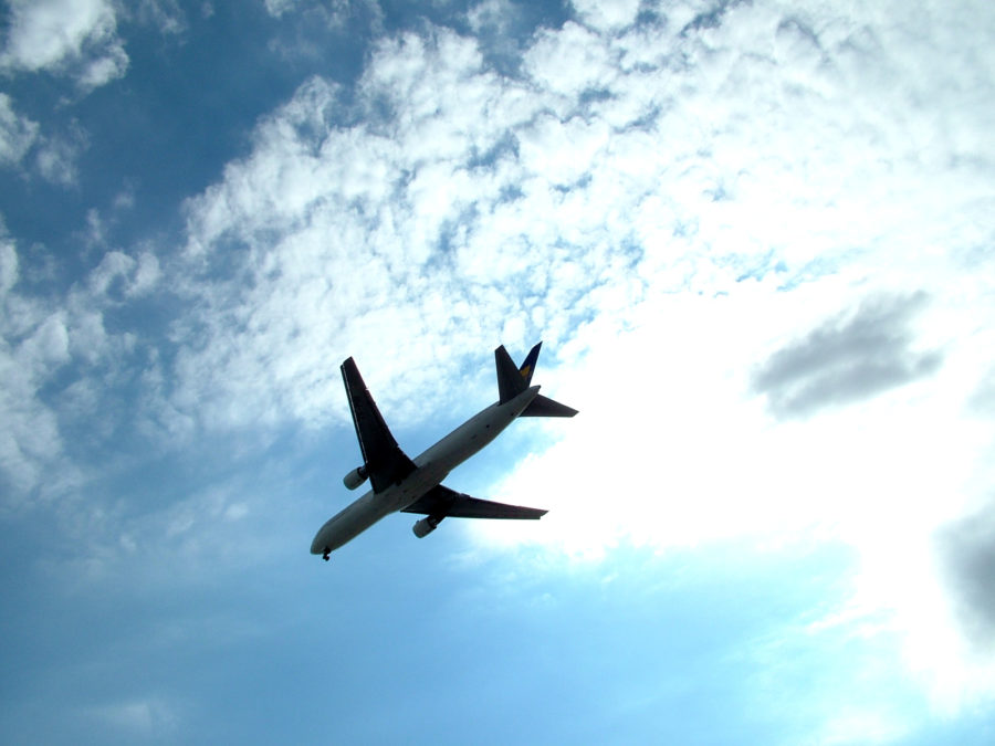 10 Secrets to Finding Cheap Flights