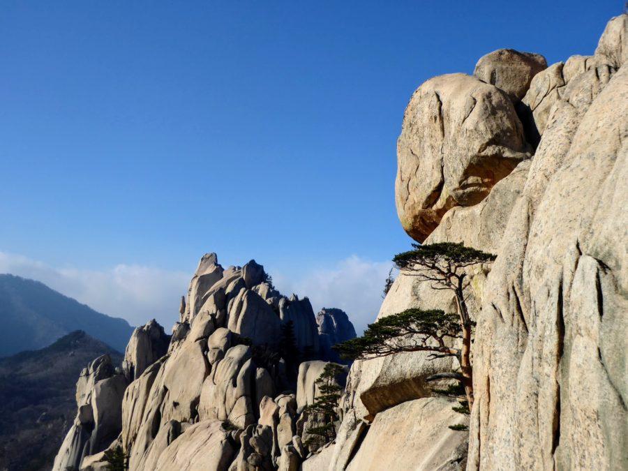 Strolling in Seoraksan: Ulsanbawi Rock