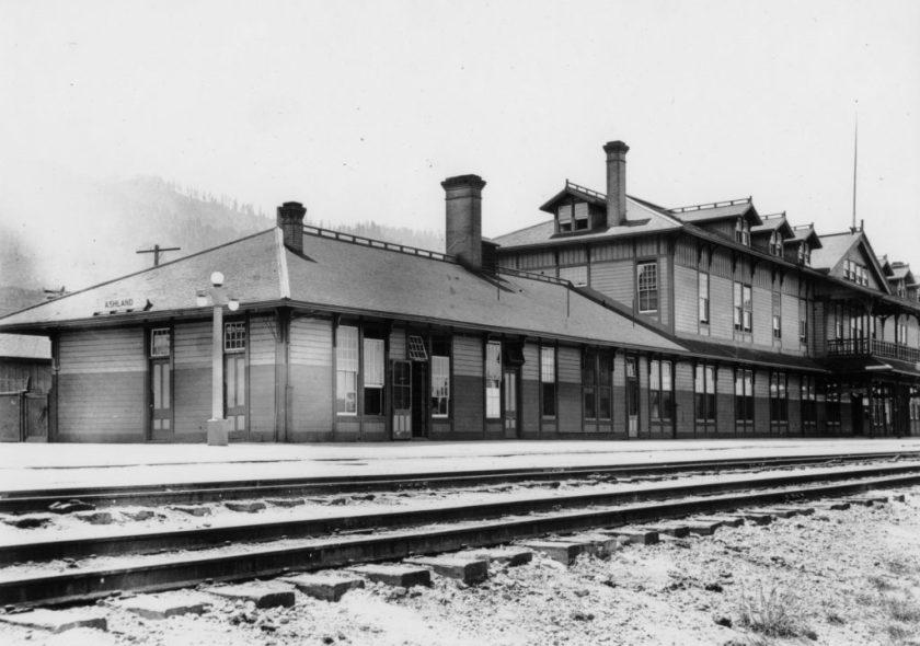 Ashland, railroad, Southern Pacific Depot Hotel