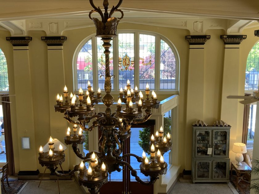 Ashland Springs Hotel lobby chandelier