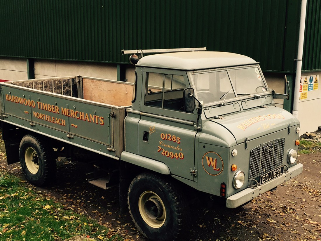 Walkers Logs Vintage Land Rover Hand Painted Signage
