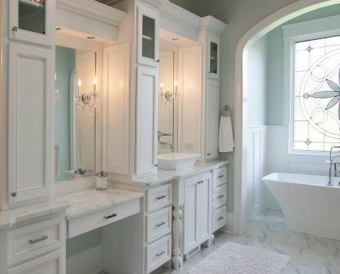 bathroom,white,marble,furniture,vanity,ideas,classic style