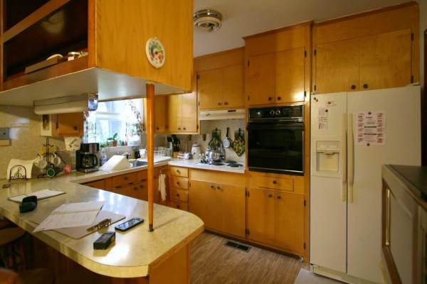 Kitchen-remodel-before-tearout