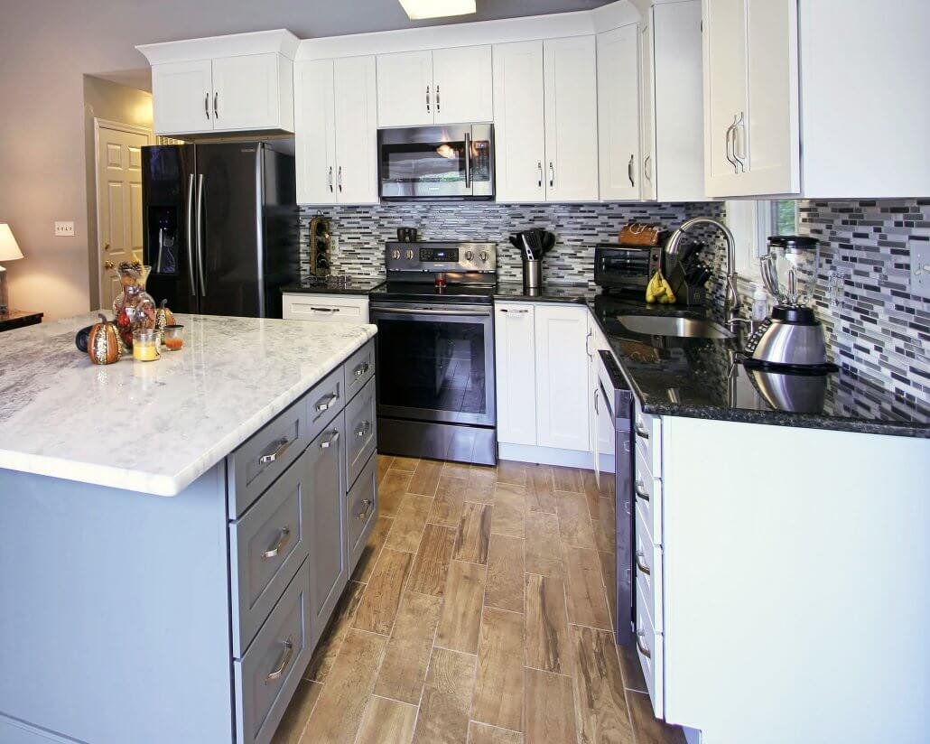 Before And After Remodel Wellborn Cabinets Walker Woodworking