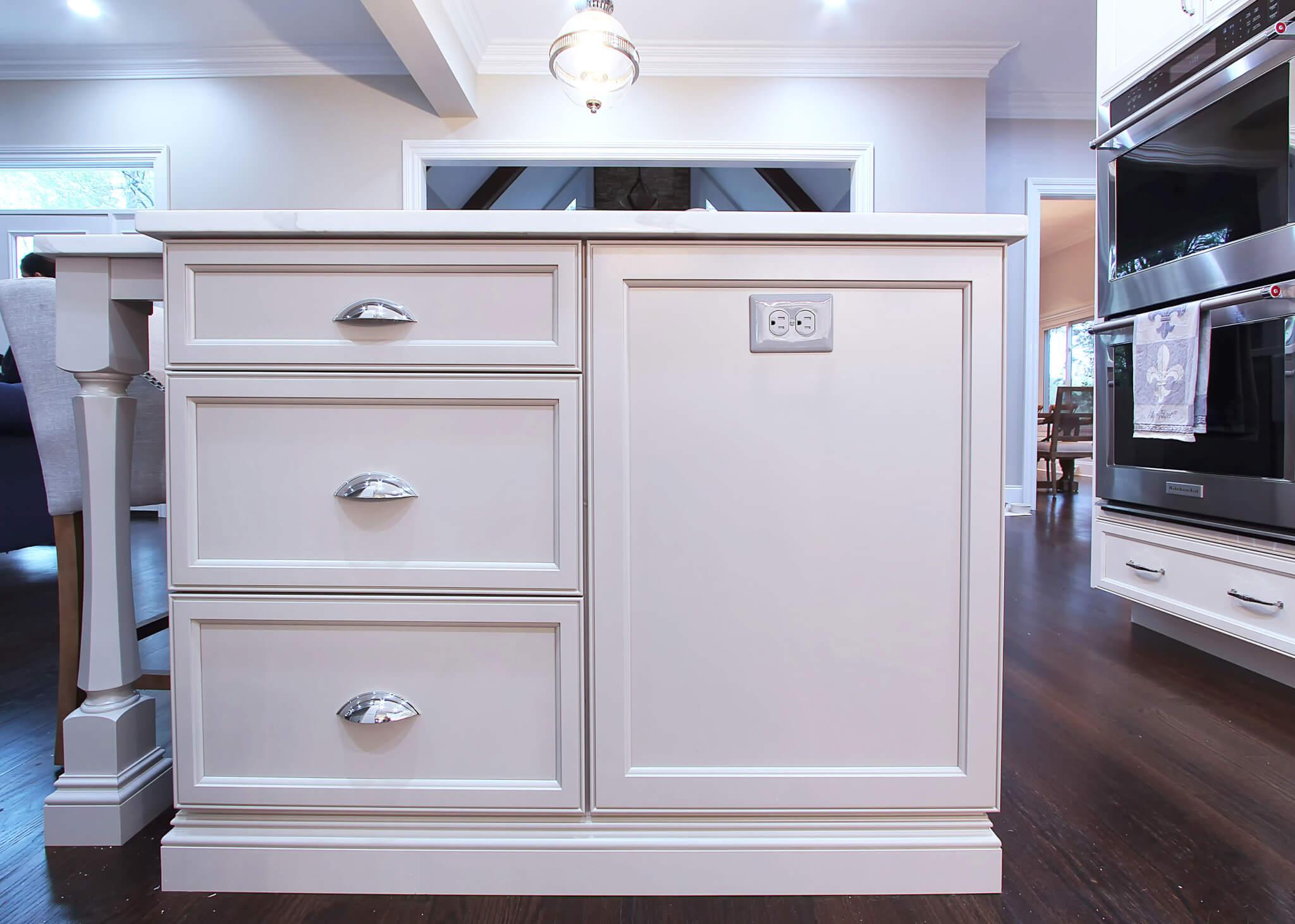 Strange Flat Panel Kitchen Cabinets Cup Pulls Large Island Dard Download Free Architecture Designs Jebrpmadebymaigaardcom