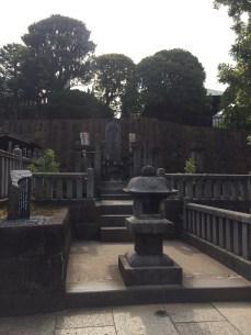 The grave of Asano Takumi-no-kami