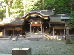 The front shrine of Hon-Miya of Suwa Taisha