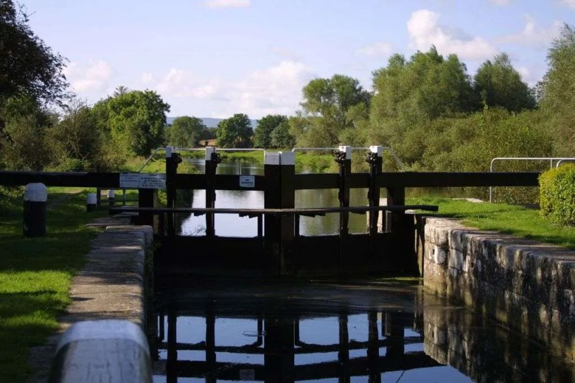 Fenniscourt Lough on the Barrow Way