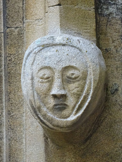 paglesham_church_carving