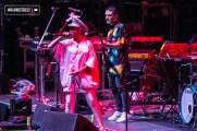 Bomba Estéreo en vivo, lunes 11 de diciembre 2017 en el Movistar Arena de Santiago - WalkiingStgo - 19