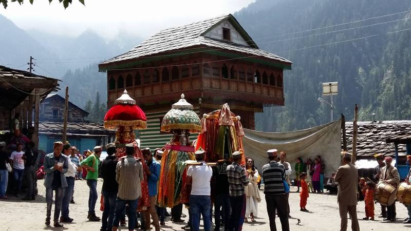 Society and festivals of himachal pradesh