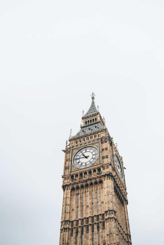 London Big Ben min