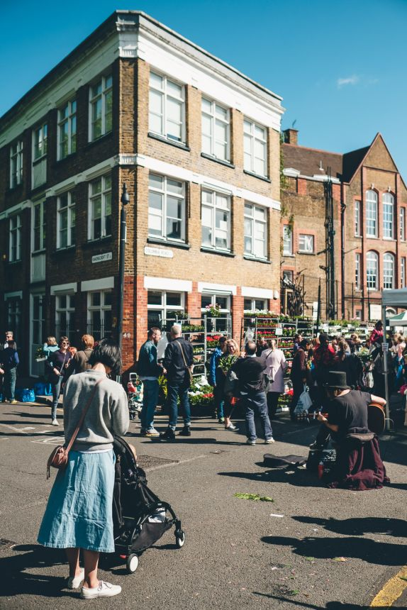 Columbia Road Flower Market London Busker Crowd
