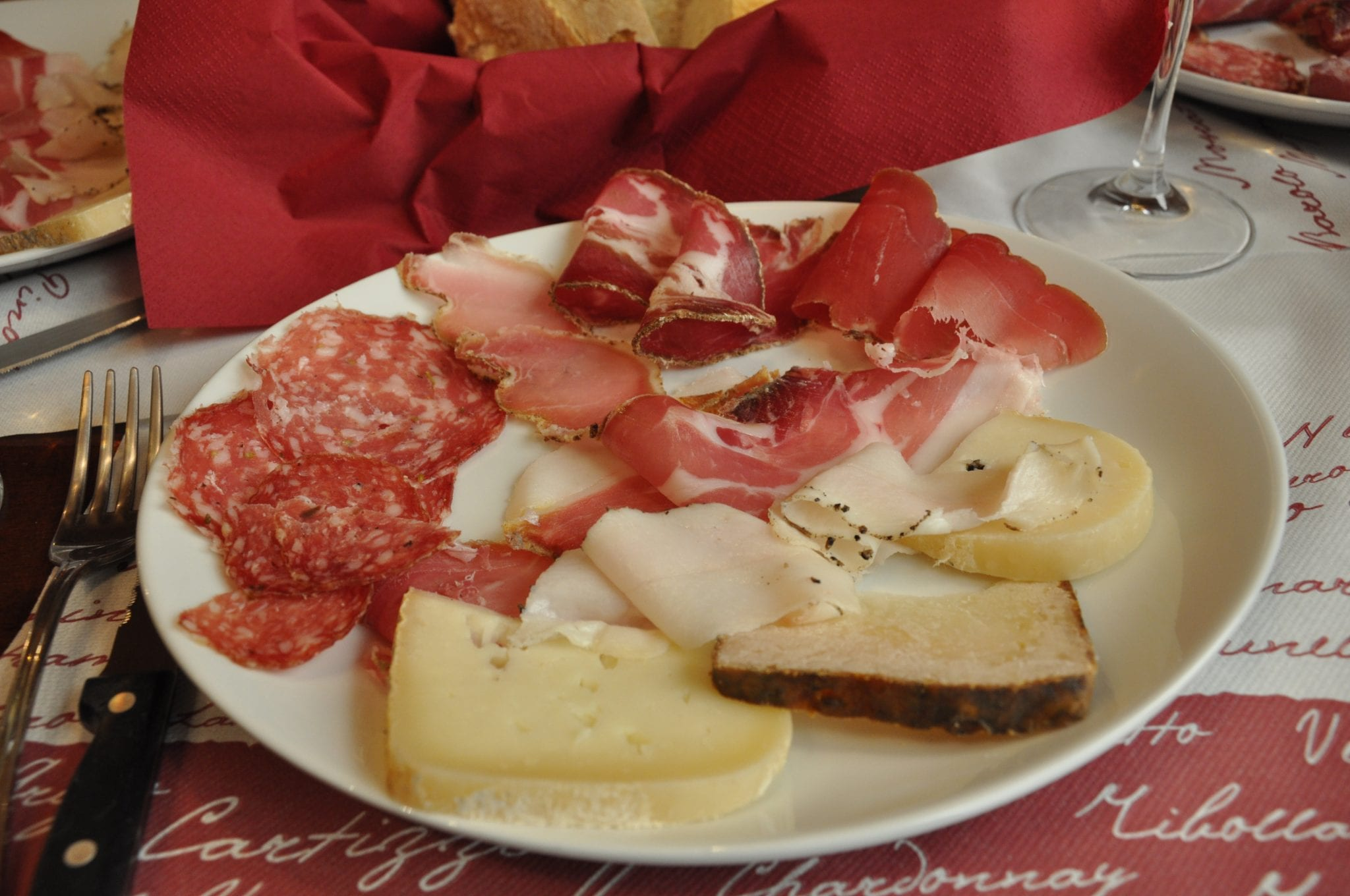 Foods To Eat In Umbria And Tuscany Walks Of Italy