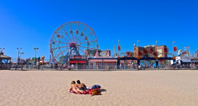 Coney Island: A Visitor's Guide - Walks of New York