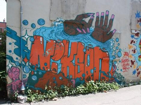 Nixon graffiti in alley between St-Laurent and Clark