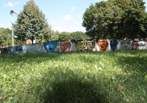 Mono Sourcil in Parc des Royaux