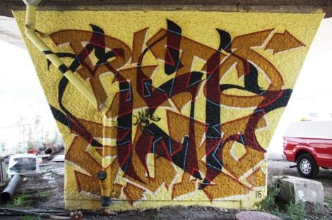 Pito x Guko 'mural' on a pillar of the Van Horne|Rosemont overpass