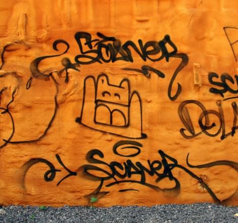 El Moot Moot between tags by Scaner