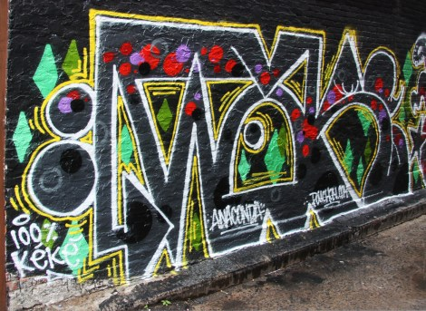 War(?) in Plateau End alley